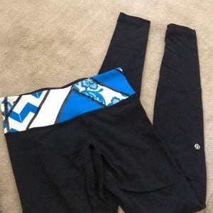 Reversible black lululemons with color band
